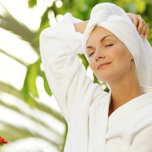 Gesichtsbehandlung | Taman Dewi - Massage München ...